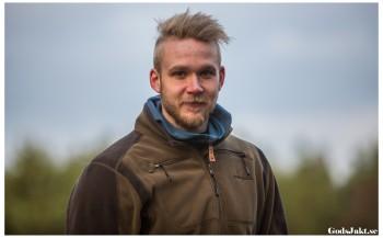 Oscar är en av era drivna instruktörer, med ett brinnande intresse för jakt.