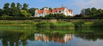 Bosjökloster Slott vid ringsjön
